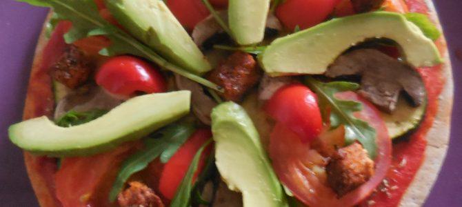 Pizza végétarienne à la tomate